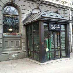 Siedziba Domu Aukcyjnego w Sztokhiolmie przy Arsenalgatan 4.